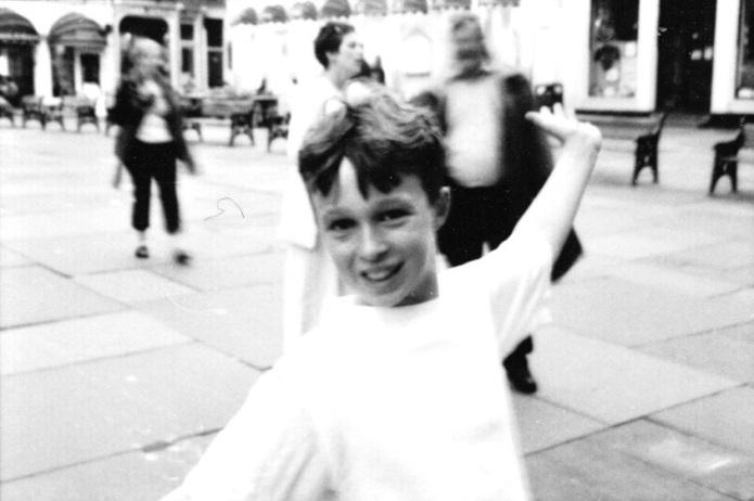 kid performing